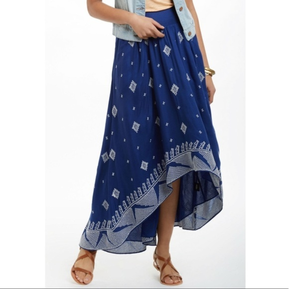 Anthropologie Dresses & Skirts - Anthropologie Floreat Blue & White High-Low Skirt